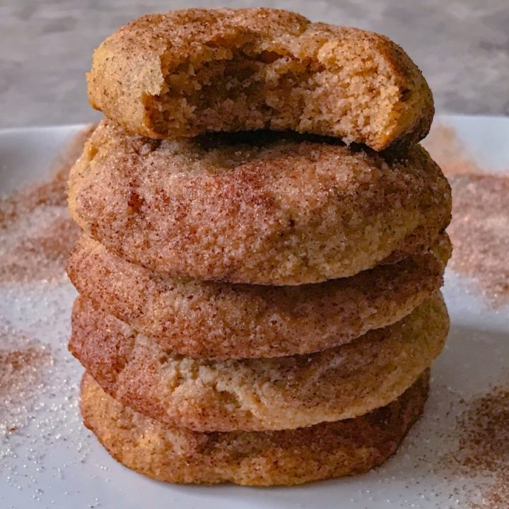 Thick and Soft Keto Snickerdoodle Cookies