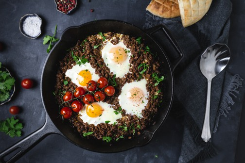 Easy Minced Meat and Poached Eggs Recipe